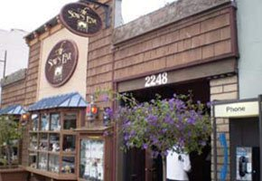 Local Restaurants near White Water Inn in Cambria, CA