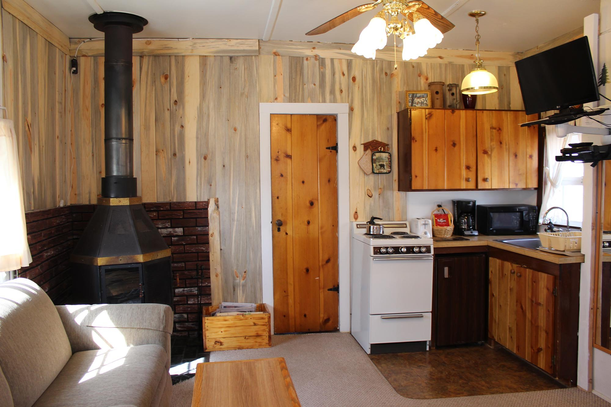 Wondrous Colorado Cottages Vacation Cabin Rentals In Estes Park Home Interior And Landscaping Ferensignezvosmurscom