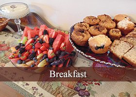 Breakfast at Plantation Bed and Breakfast in Lemon Cove, California