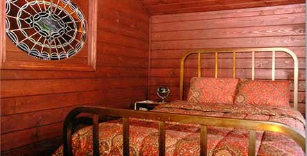 Guest Rooms at Insel Haus in MI