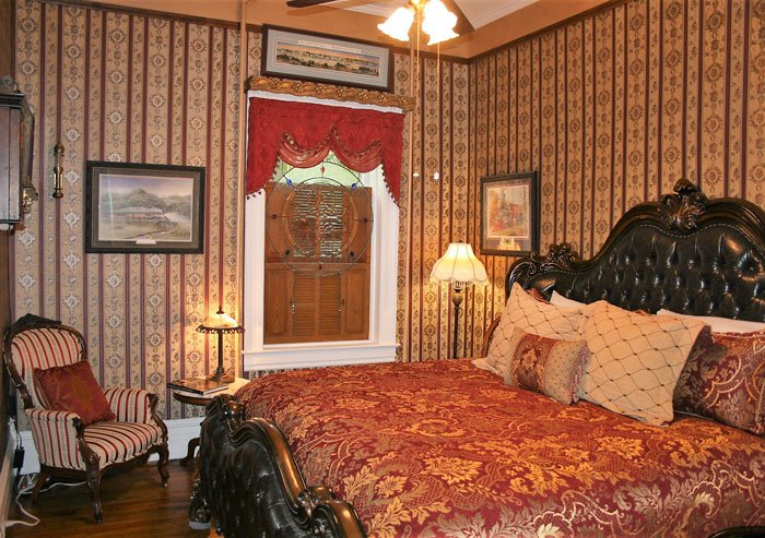 Mount Airy  Suite at Heart & Soul B&B in Mount Airy, NC