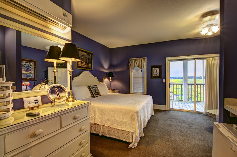 Guest Room at Sunset Inn in Sunset Beach North Carolina