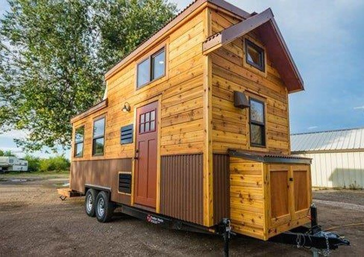 Tiny Home Cabin at Paradise Gateway in Emigrant, Montana