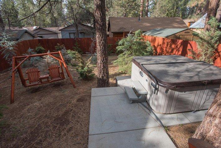 Bear Paw Spa Cabin