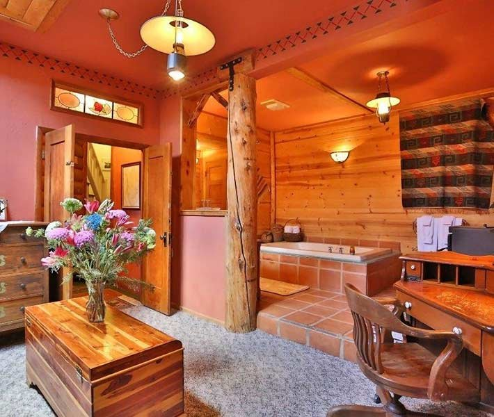 Ted Ducey Suite at Gold Mountain Manor in Big Bear Lake California