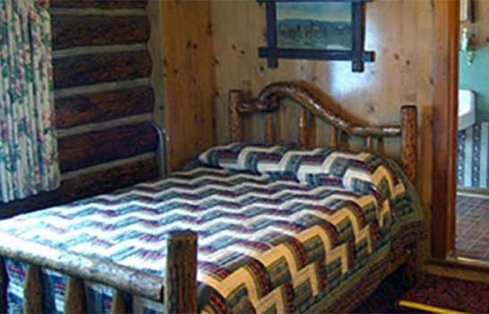 Firehole Lake Room