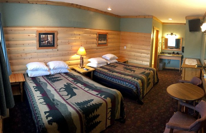 Mammoth Hot Springs Madison Motel