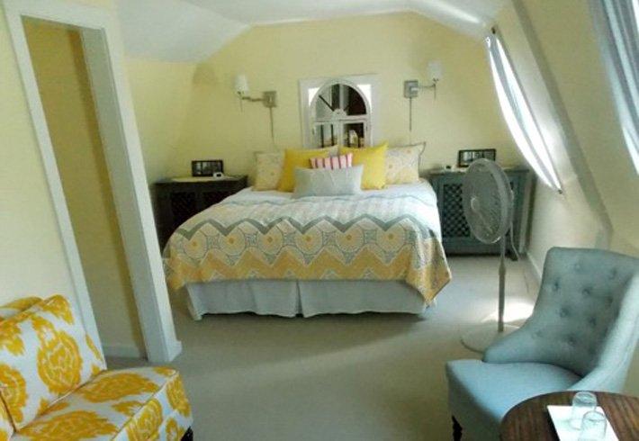 Farmhouse Room 7