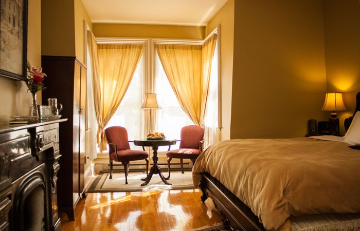 Hamilton House Business Traveler