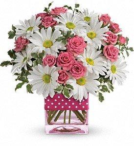 polkadots and panseys flower arrangement at Idahom B&B