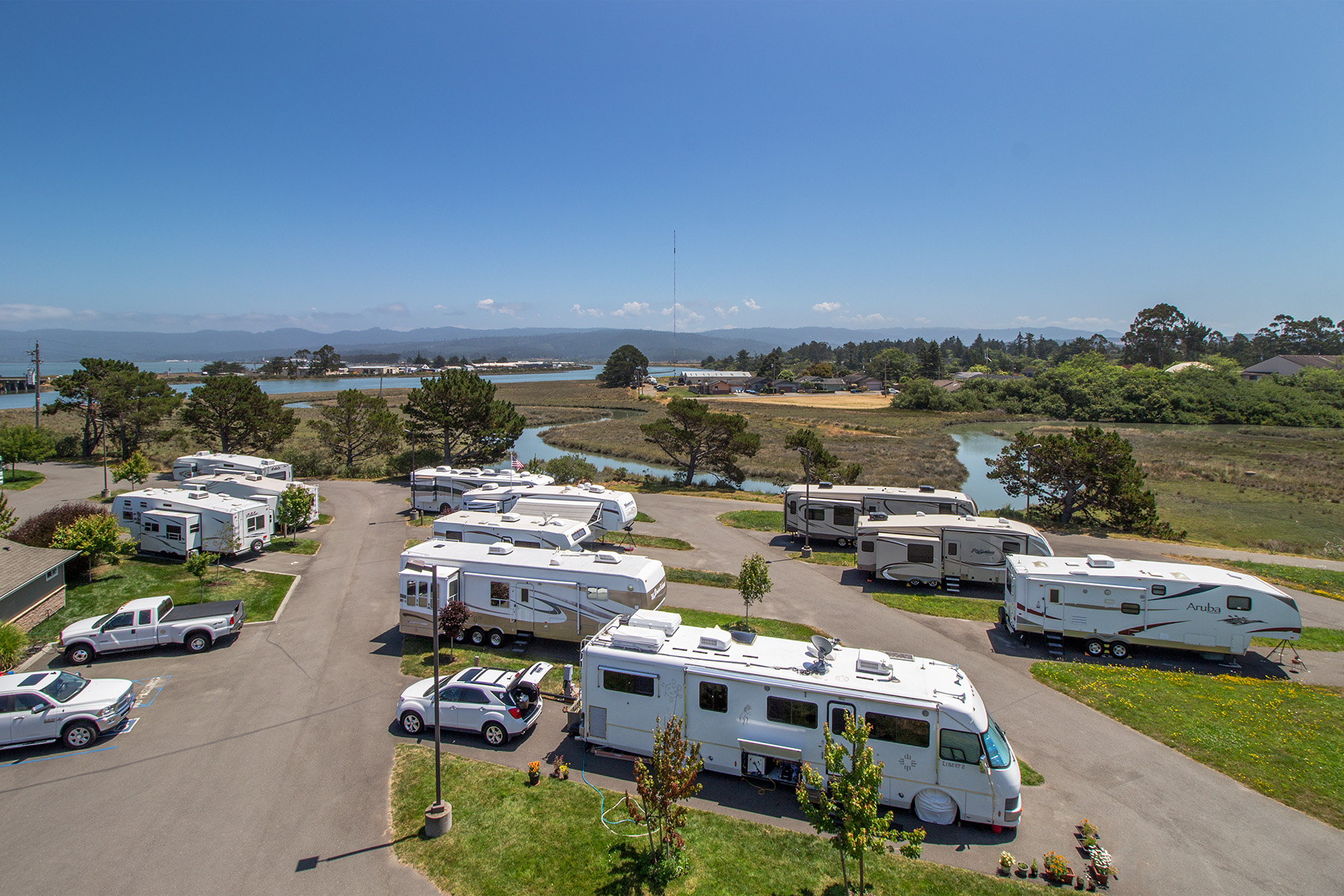 Redwoods rv resort shoreline rv park in eureka arcata Cabins eureka ca