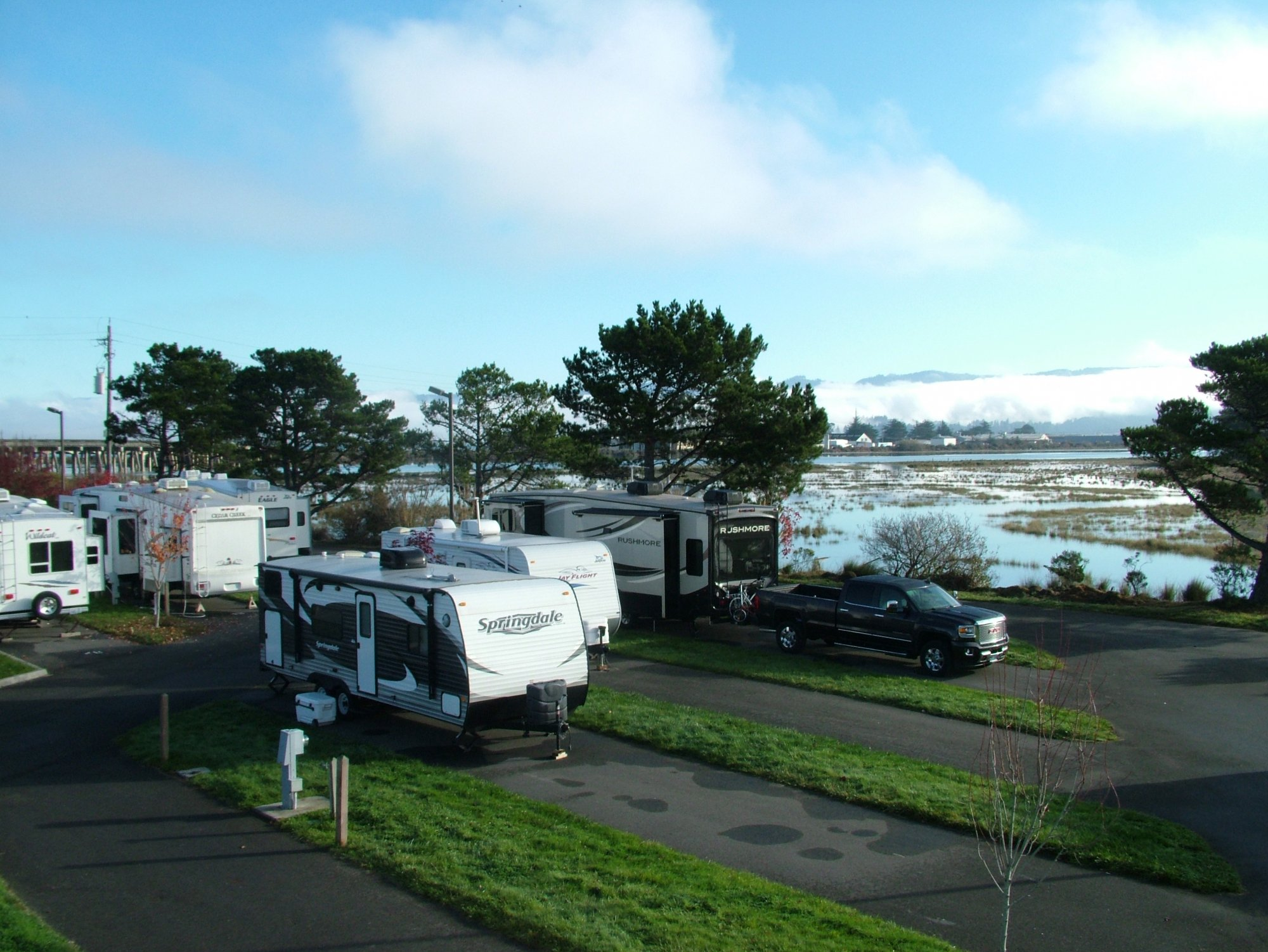 & Redwoods RV Resort | Shoreline RV Park in Eureka u0026 Arcata California