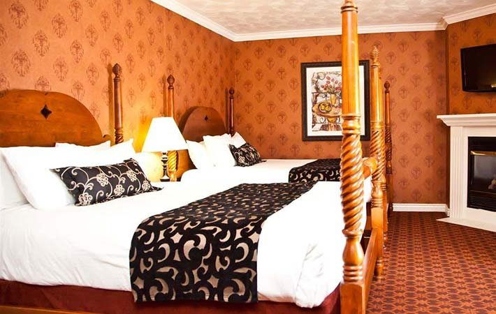 Supreme Two Queen at Canyons Boutique Hotel in Kanab, UT