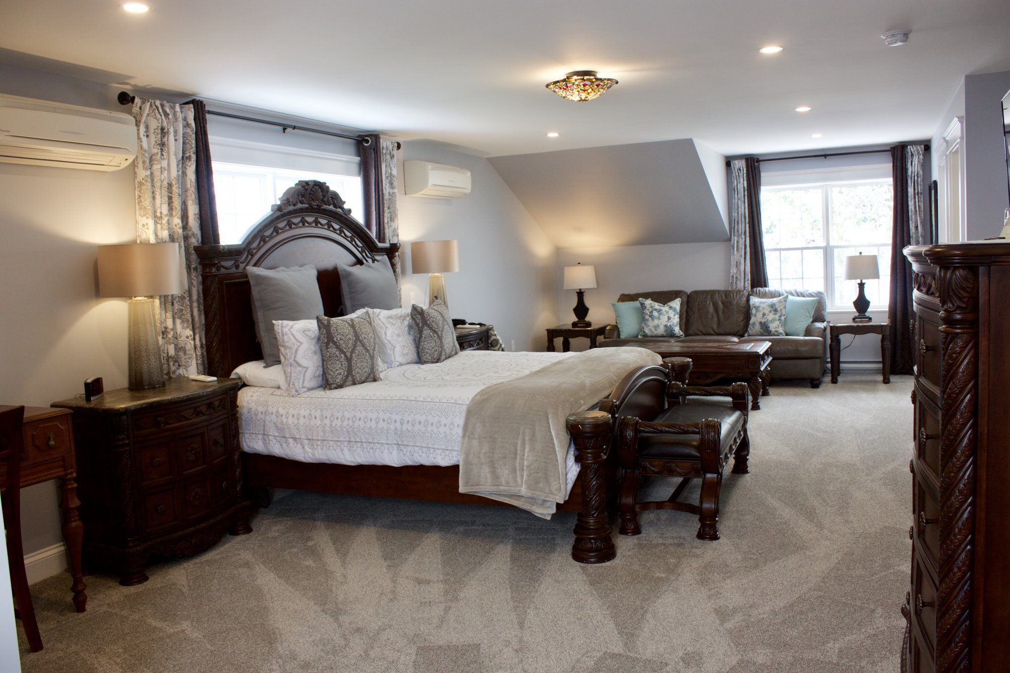 The Harwood Suite at Tattingstone Inn