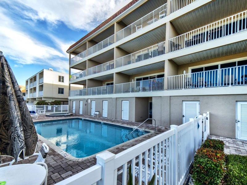 Oceanside Suite 406 at Carter vacation Rentals