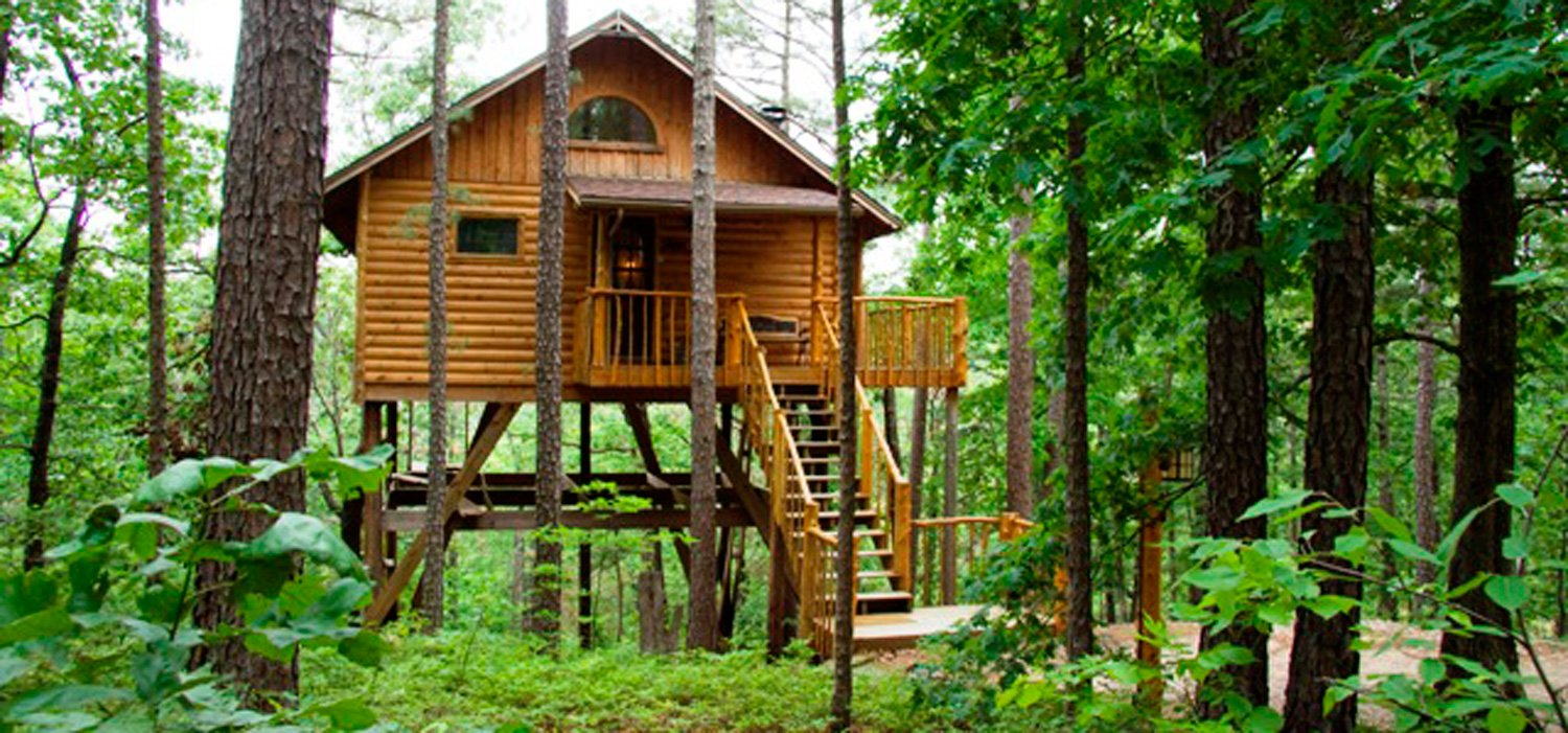 Towering Pines Treehouse Eureka Springs Treehouse Cabins