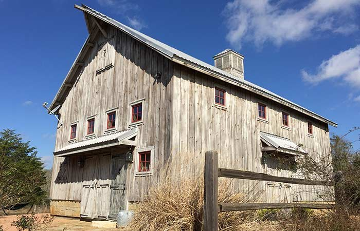 Country Butler Texas: Cabin Rentals and Property Services