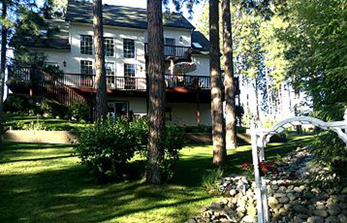 Specials for stay in North Idaho
