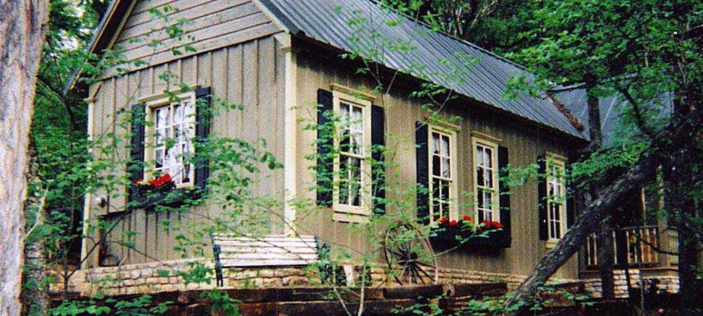 Cabin in the woods fossil rim tx lodging country Texas cabins in the woods