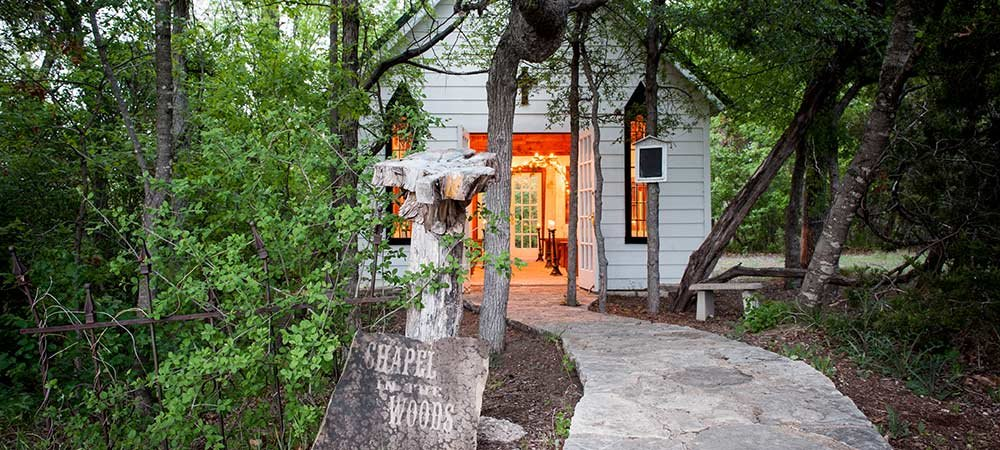 Glen rose texas weddings country woods inn for Texas cabins in the woods