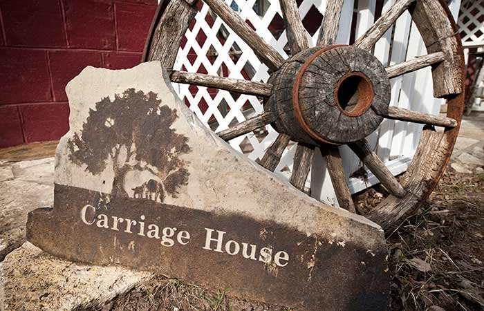 Carriage House at Country Woods Inn in Glen Rose TX