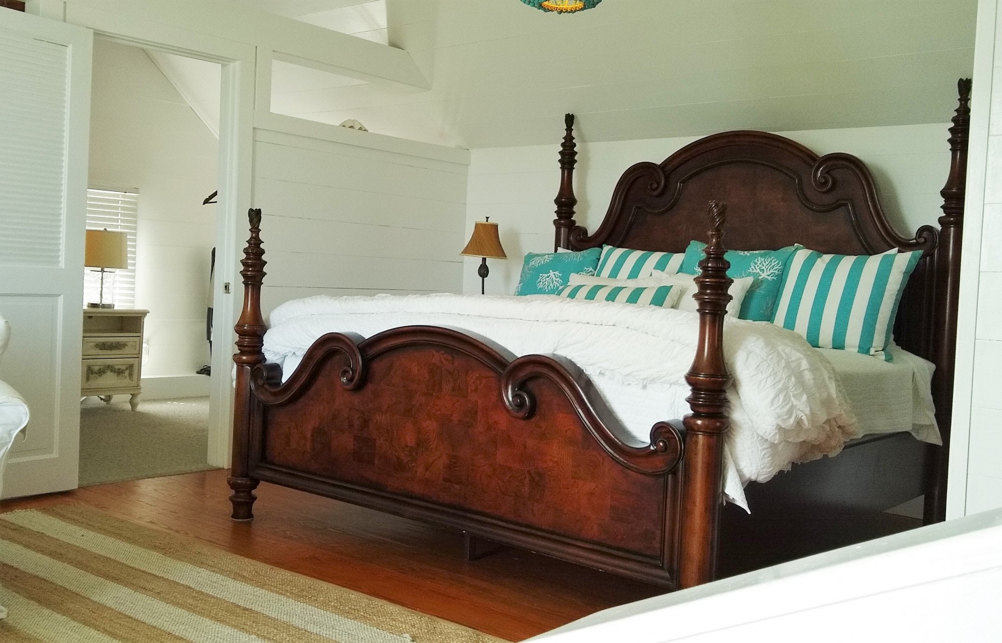 Guest Rooms at Surf Song B&B in Tybee Island, GA