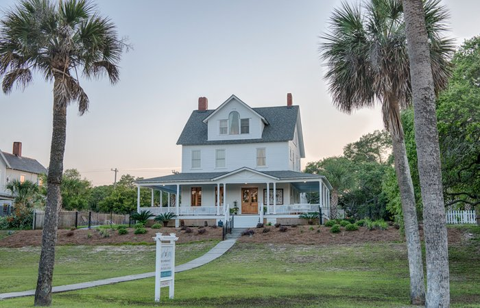 Tybee History Surf Song Bed and Breakfast in Tybee Island, Georgia