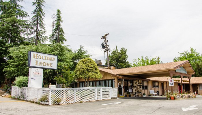 Holiday Lodge in Grass Valley, California after hours policy