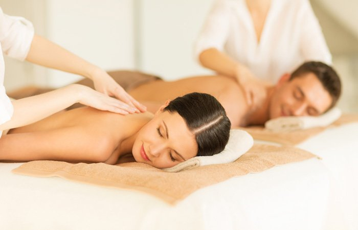 Soothing massages for two at the Darby Field Inn, near Jackson, New Hampshire