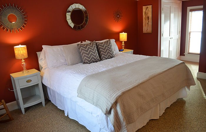 Craven Suite at the Inn at Gristmill Square in Warm Springs, Virginia