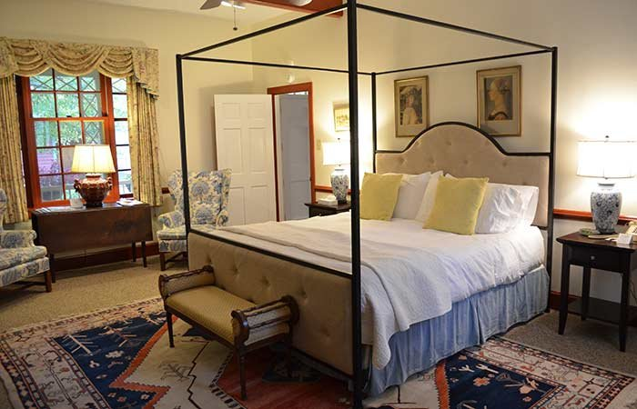 Dinwiddie Room at the Inn at Gristmill Square in Warm Springs, Virginia