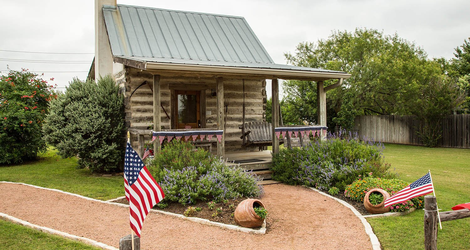Exterior Photo of the Chuckwagon Inn Bed & Breakfast