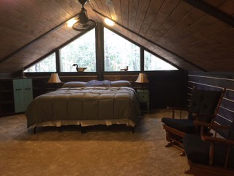 The Tree Top loft at the Little River Bluffs