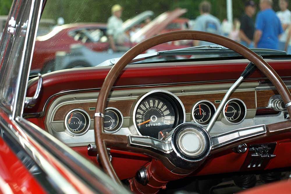 Steering wheel in classic car