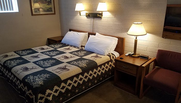 Rooms at lamplighter lodge