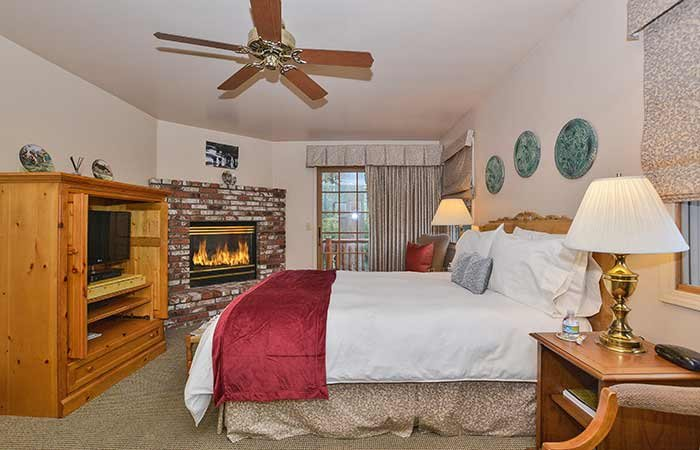 Guest Room at Alpenhorn Bed and Breakfast in Big Bear, CA