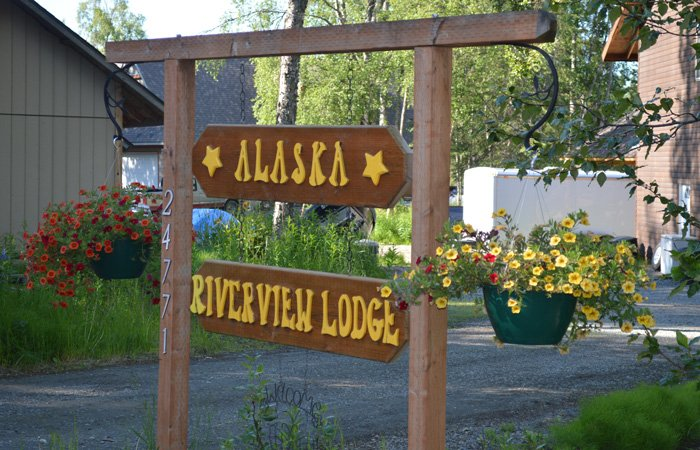Policies at Alaska Riverview Lodge in Kasilof, Alaska