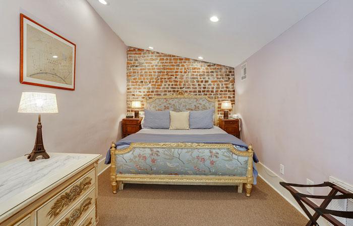 Room 9 at Parisian Courtyard Inn in New Orleans, Louisiana