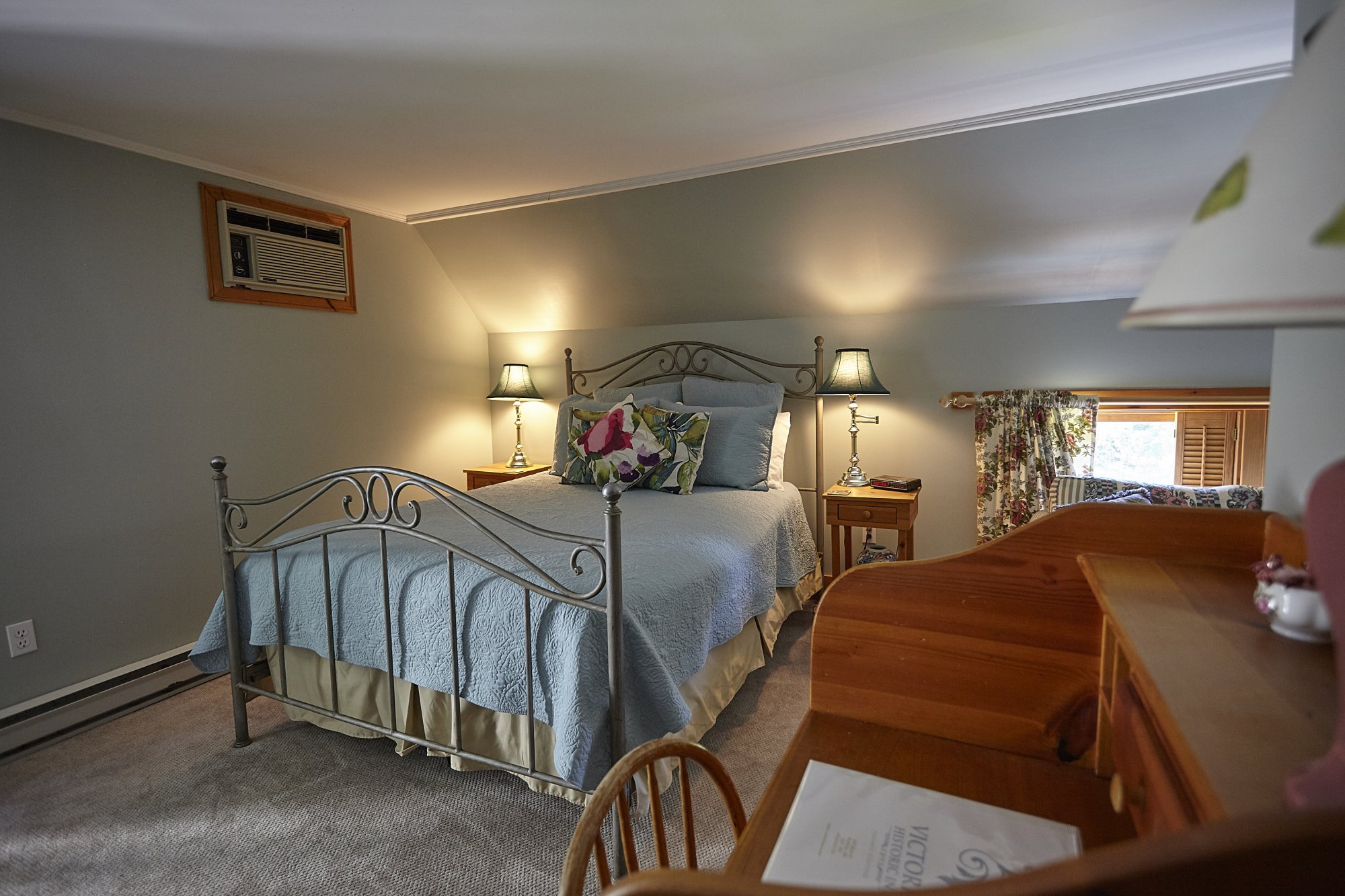 Carriage House Rooms - Wolfville, NS Bed & Breakfast | Victoria\'s ...