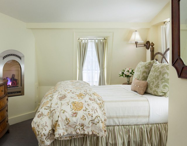 Main House Room 3