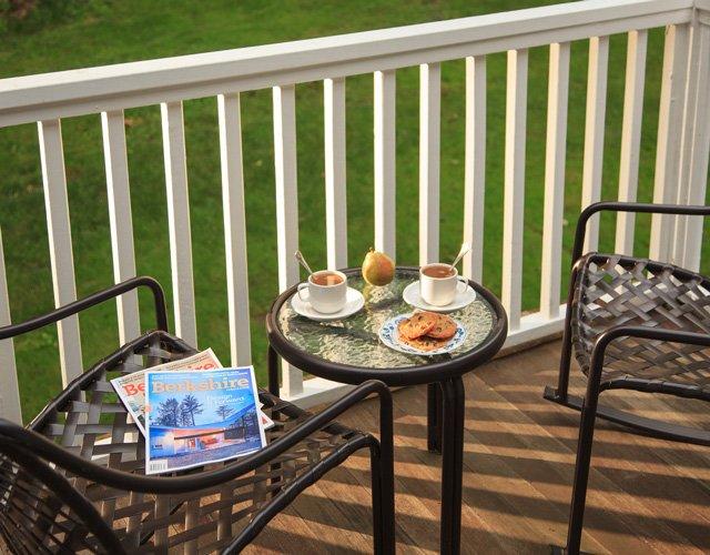 Room 14 - Lenox, MA Inn | The Garden Gables Inn