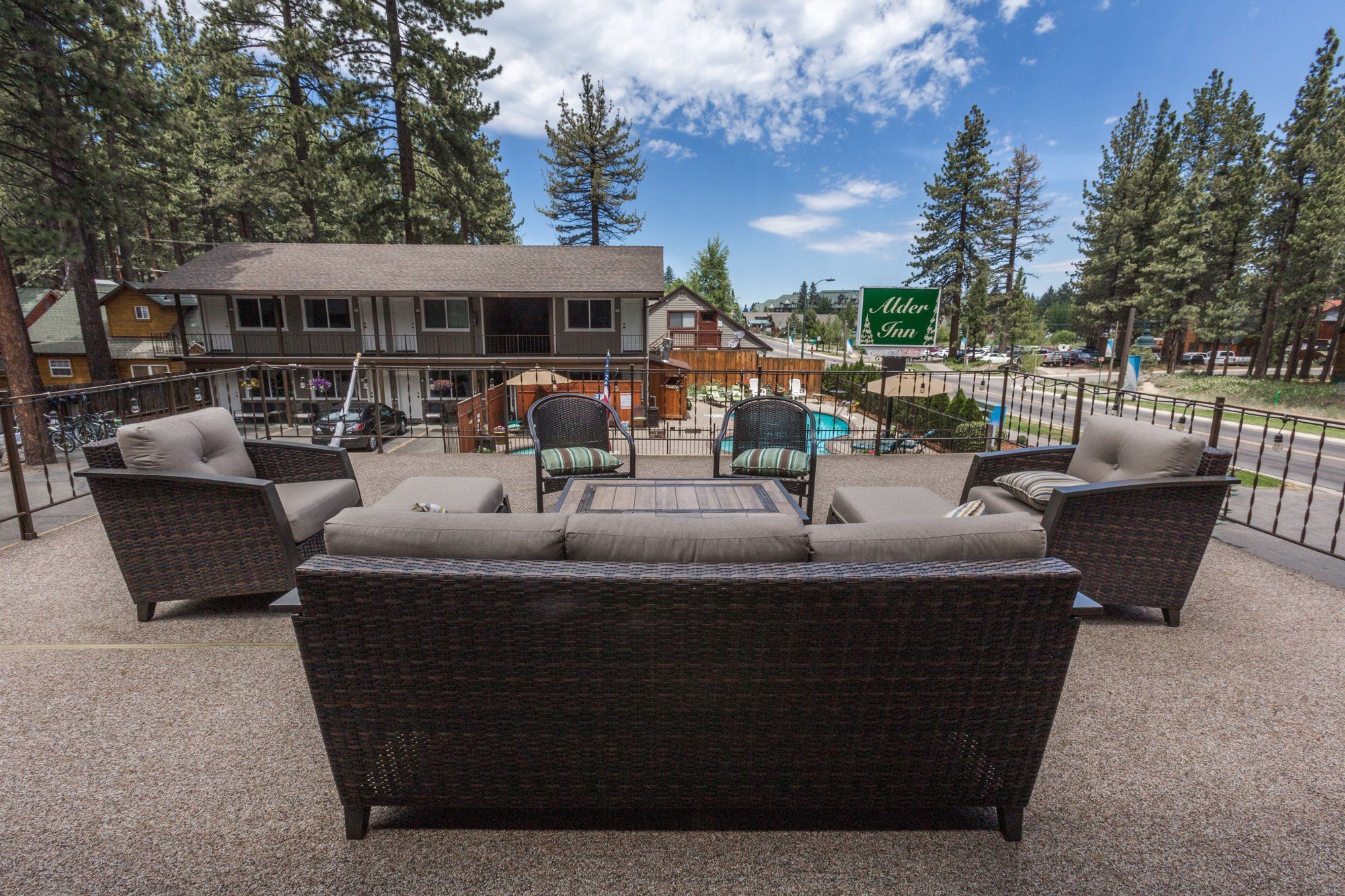 Genial Alder Inn   Best Hotels In South Lake Tahoe, CA, Lodging California