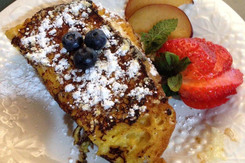 Breakfast at Swan Song Inn