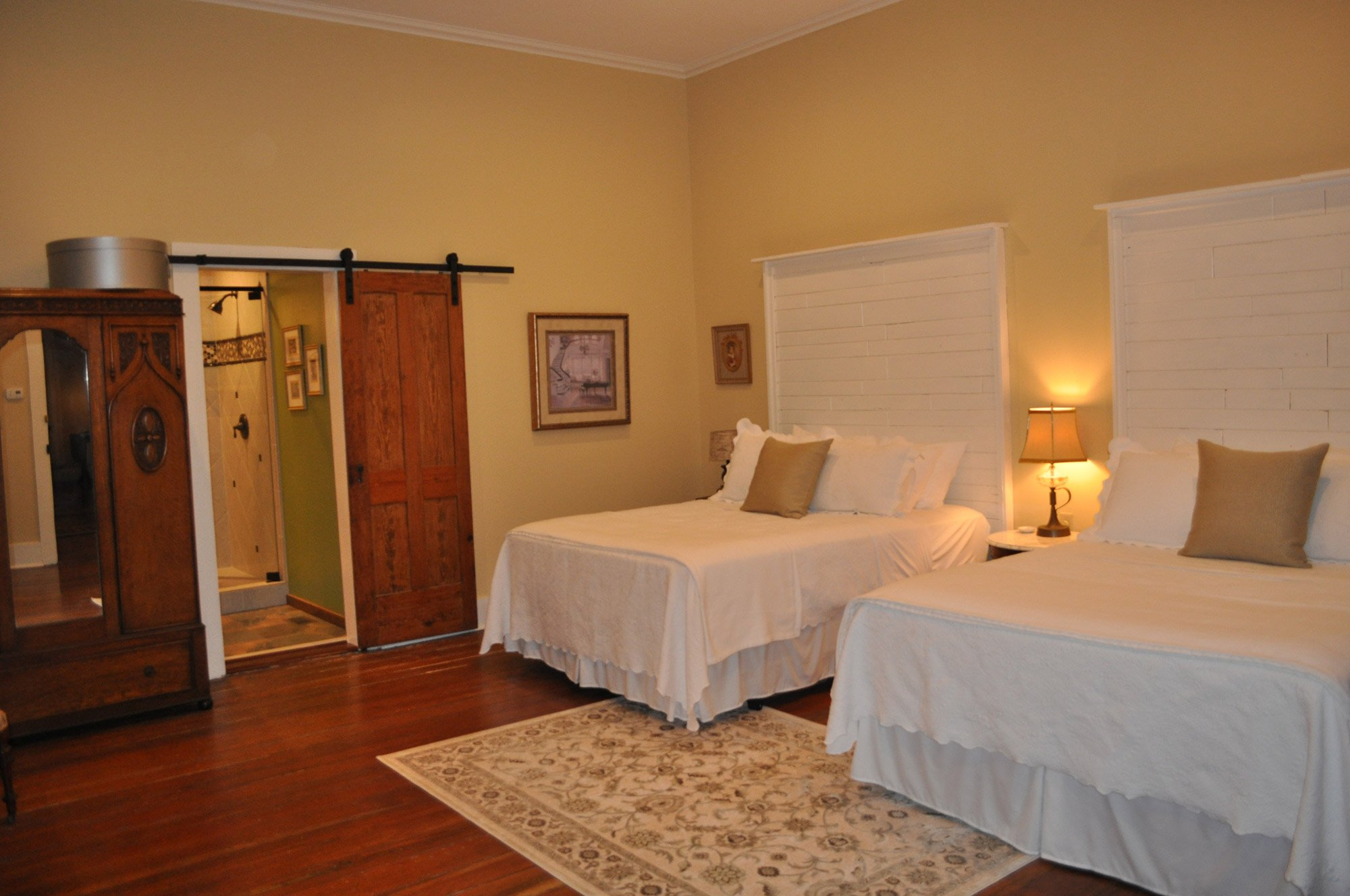 Dougherty Room at the Kennedy Manor