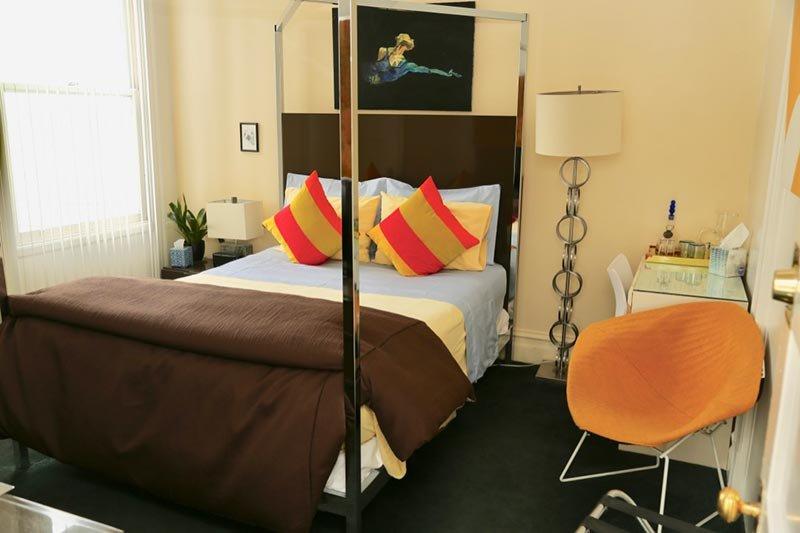 Yellow Room at Inn at Castro in San Francisco, CA