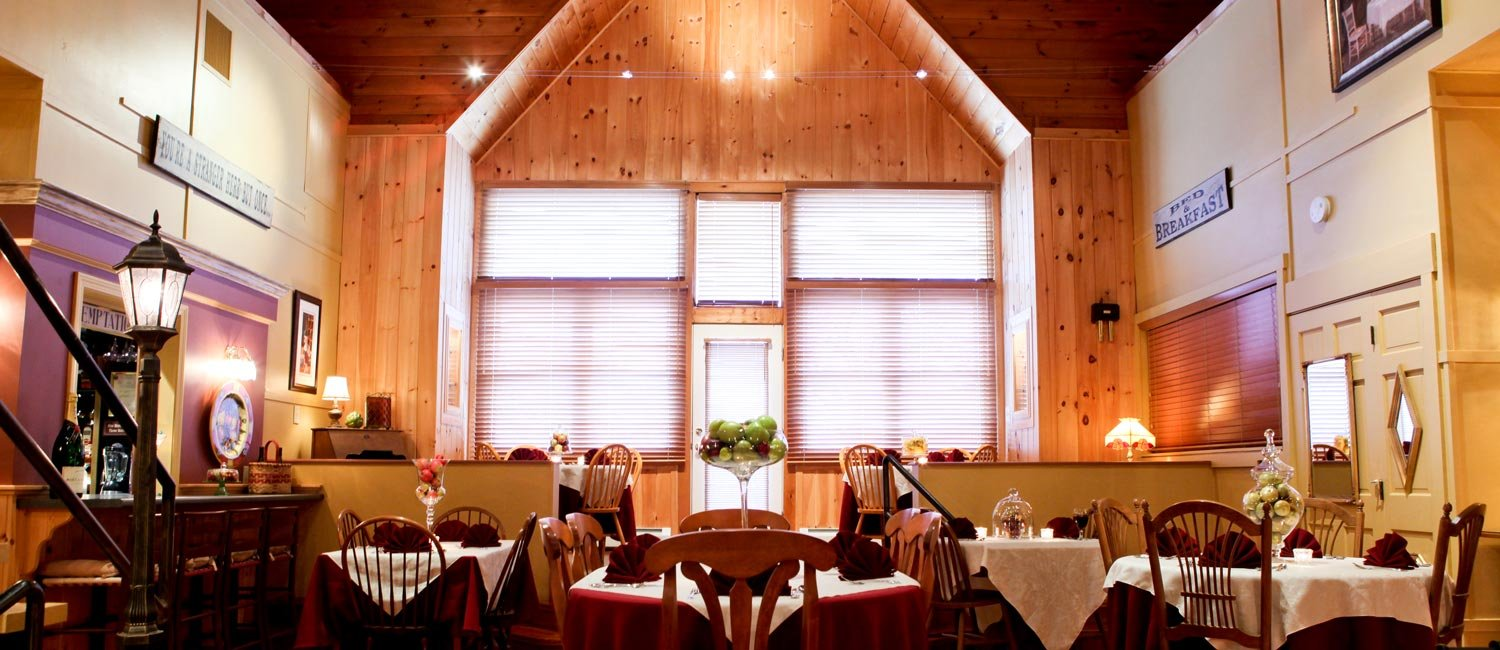 Haven by the Sea dining area for corporate retreats