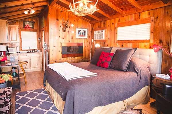 Private country cabins near fredericksburg tx cabins at for Cabins near fredericksburg tx