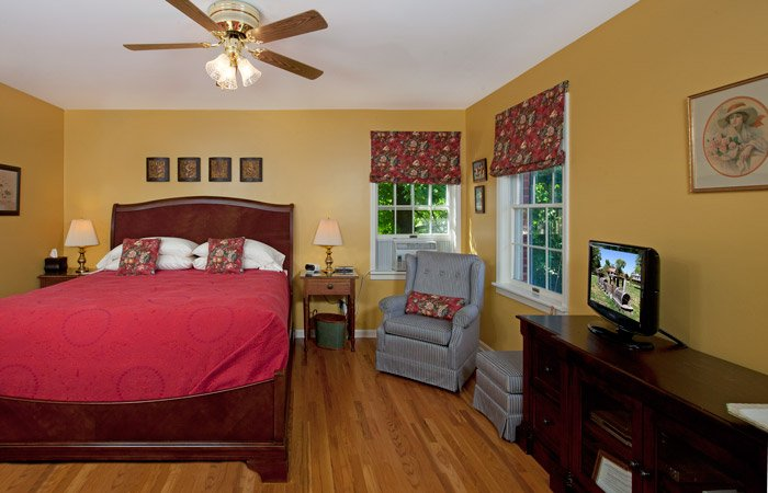 Rooms at Yates House Bed and Breakfast
