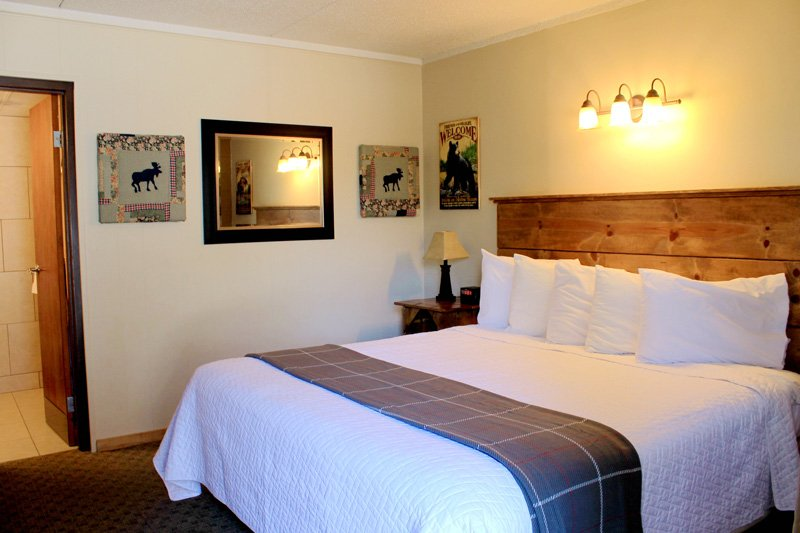 Rooms at Moose Creek Inn
