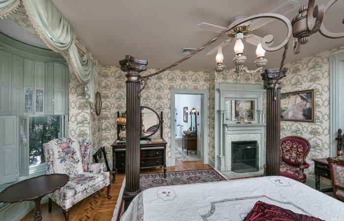 Emig Mansion Emig Master Suite